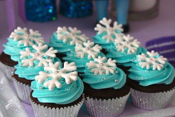 Frozen_cupcake