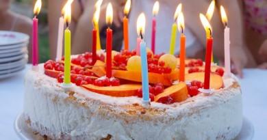 Hjemmelavet lagkagecreme opskrift alletiders dag børnefødselsdag