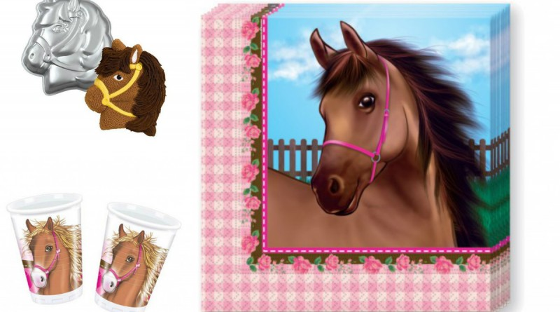 kageform hest fest med hestetema udsmykning til hestefødselsdag