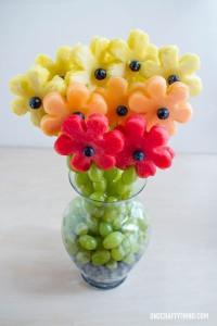 frugt-spyd-boernefoedselsdag-37f688e6d6f02e3494a5cf271767e0ae