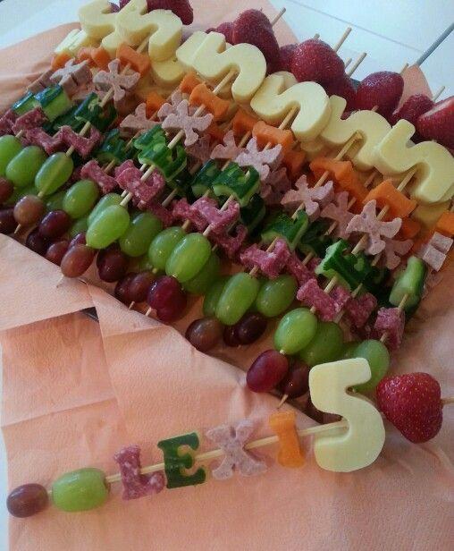 10 Fede Frugtspyd Til Børnefødelsdagen